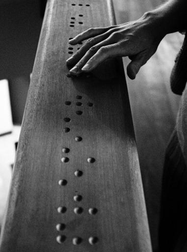 DSC_4050-MR-Braille_large